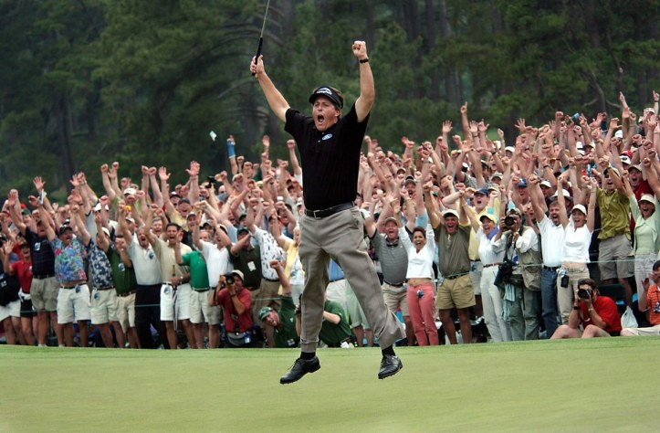 phil-mickelson-2004-masters-jump